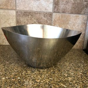 Vtg Dolphin Deluxe Stainless Mixing bowl scalloped